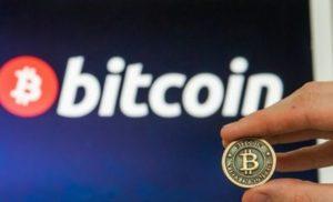 Bitcoin si avvicina ai 10 mila Dollari