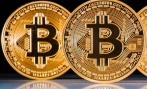 Bitcoin, la nuova previsione di Tom Lee lo vede a 22.000 dollari entro la fine dell'anno.