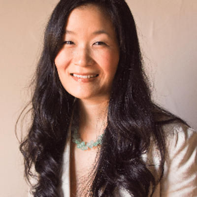 Laura Shin is best known as a blockchain/cryptocurrency journalist and the host of the Unchained podcast.